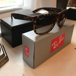 Ray-Ban Accessories - Ray-Ban Polarized Justin Sunglasses Tortoise NWT